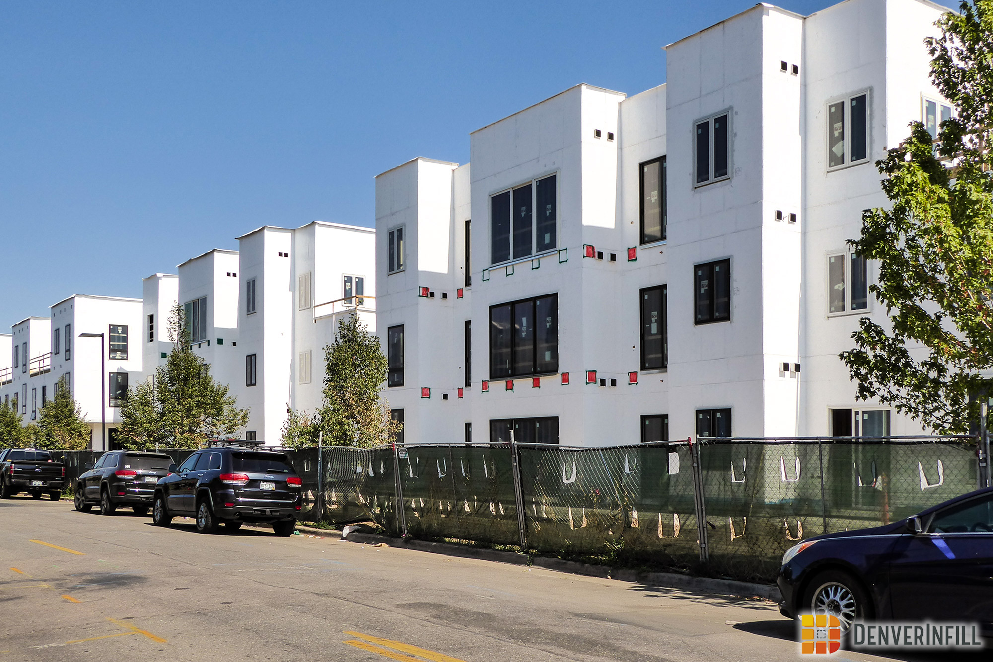 S*Park condominiums along Lawrence