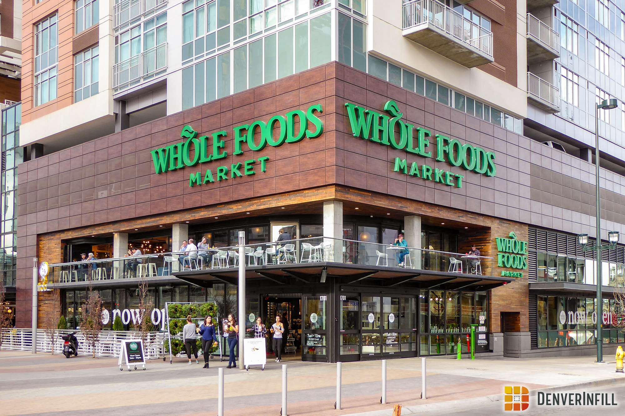 Whole Foods pedestrian entry, mezzanine, and patio at 17th and Wewatta