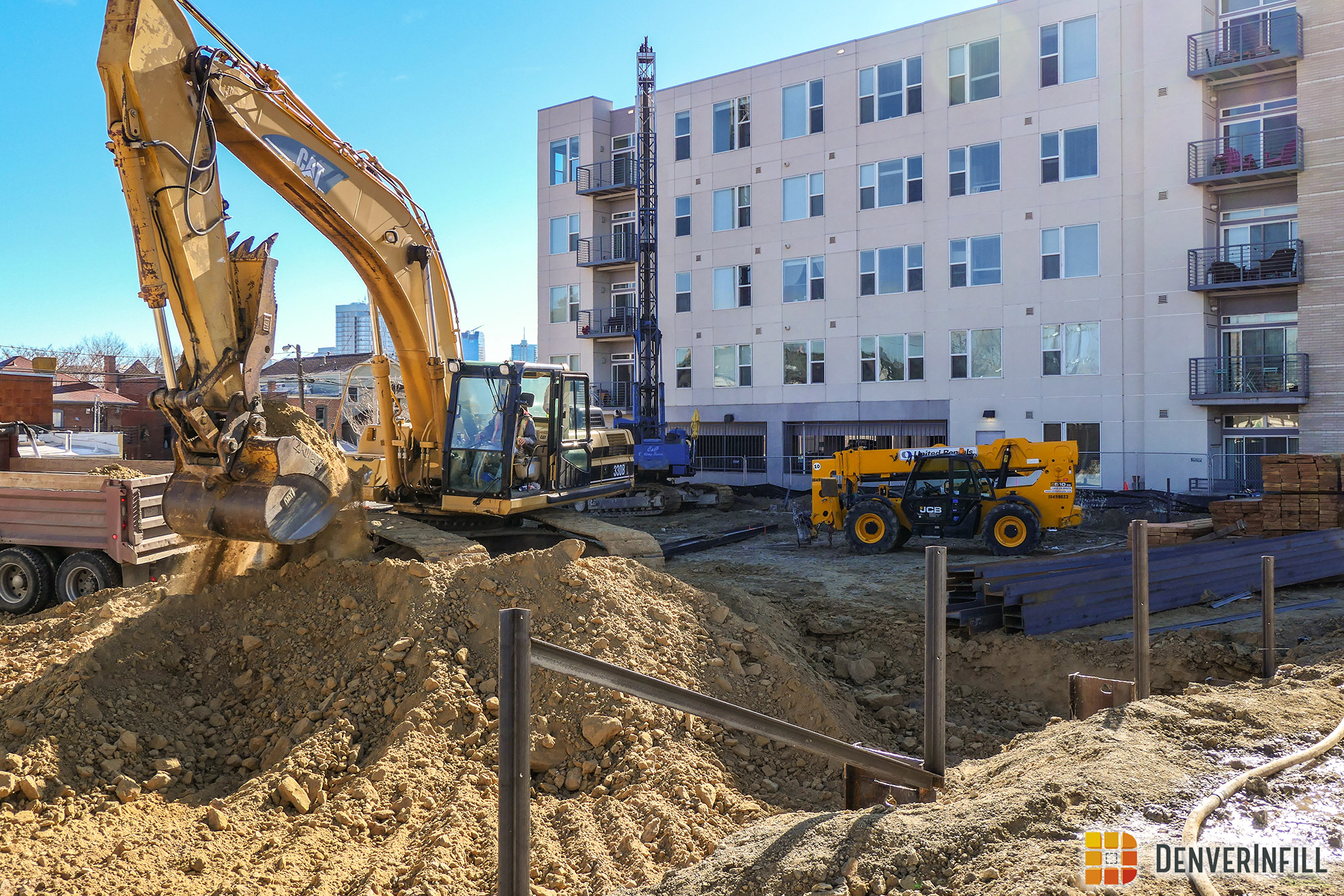 Lighthouse Lofts construction at 29th and Zuni