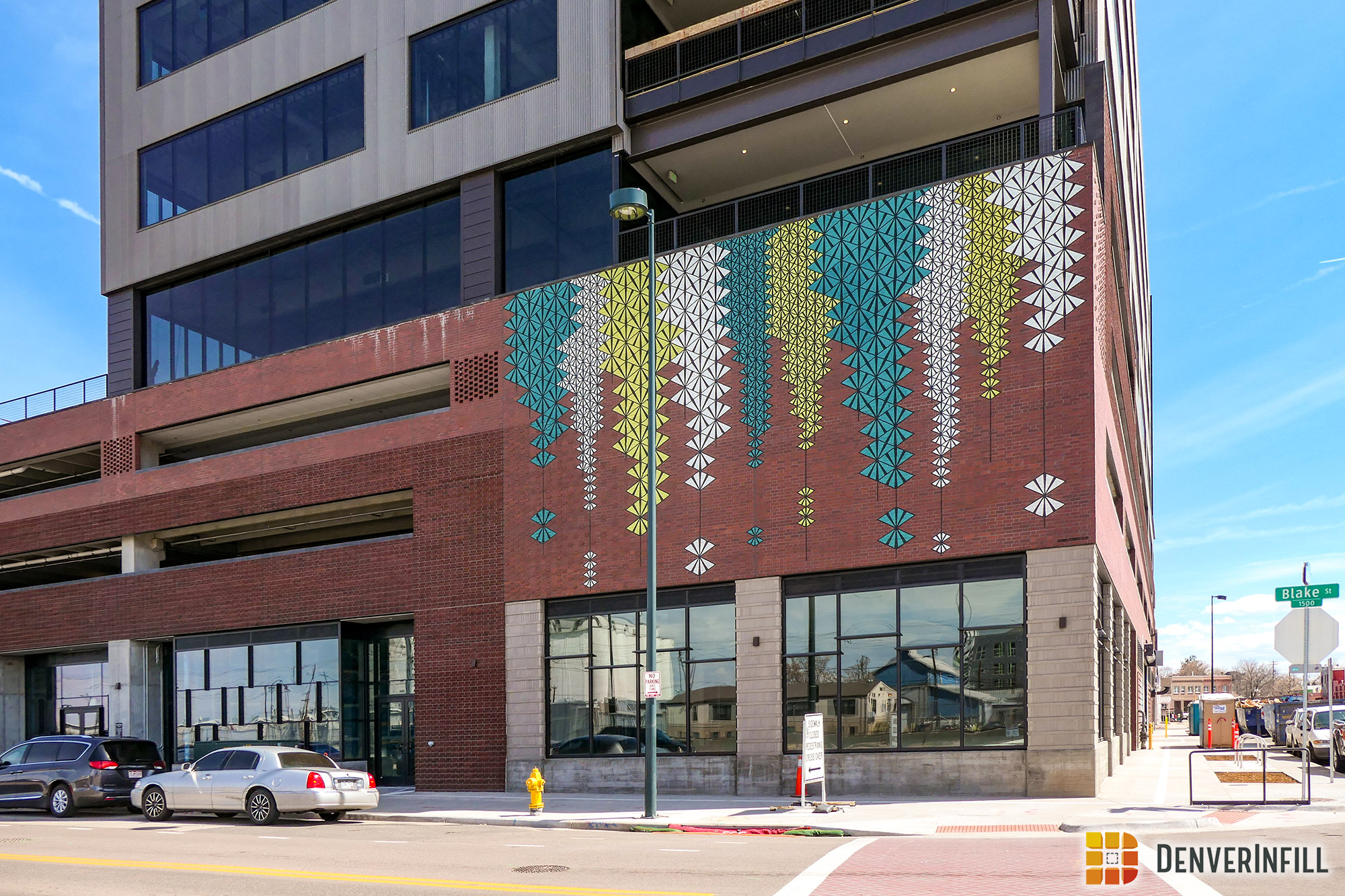 Facade mural on HUB South