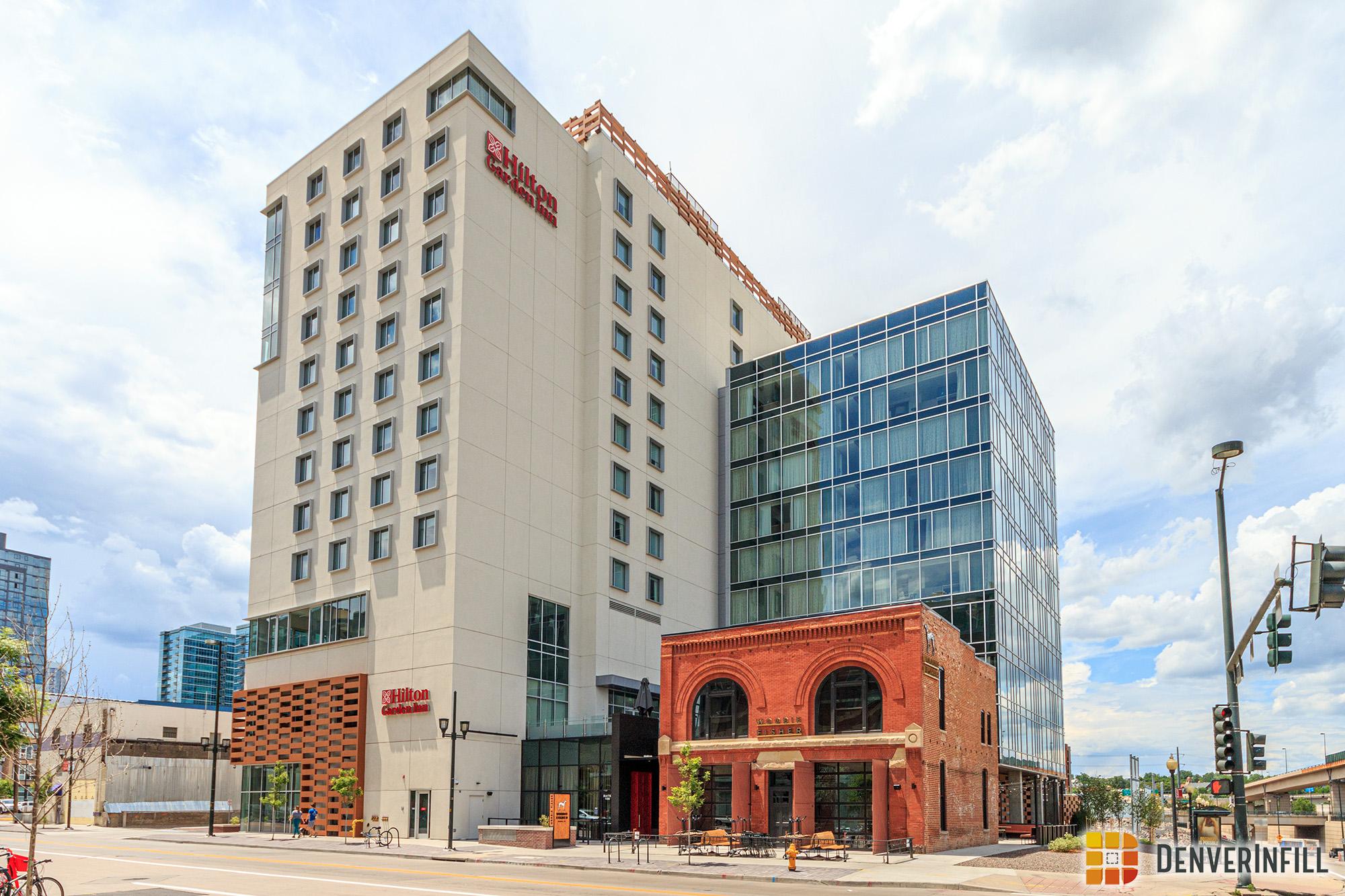 Hilton Garden Inn DUS - 20th and Chestnut