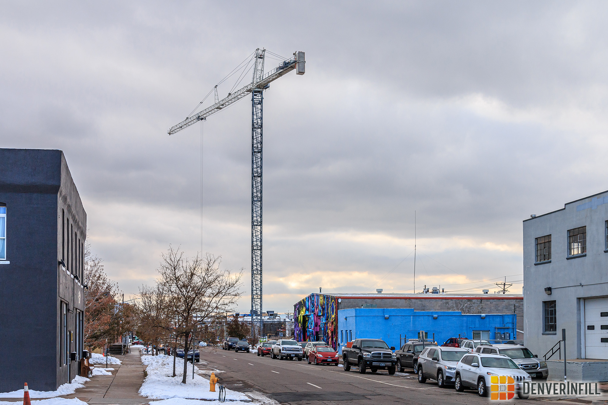 3463 Walnut Tower Crane